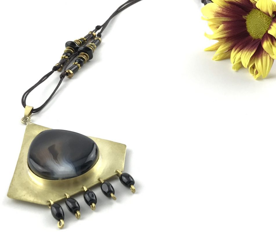 Night Eye Necklace TruFlair